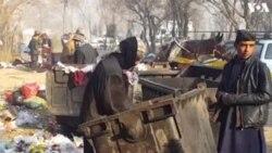 کچرے کے ڈھیروں سے قابل استعمال اشیا کی تلاش