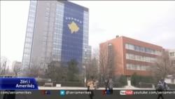 Kosovë, qeveria kërkon seancë për kufirin me Malin e Zi