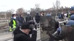 Pháp: Cựu vô địch quyền anh đi biểu tình, đánh cảnh sát