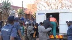 南非礦工被控謀殺被警察開槍打死的工人