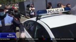 Tiranë: Arrestime veprimtarësh në Ditën e Europës dhe polemika për Teatrin Kombëtar
