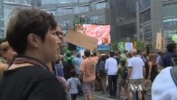 ผู้ประท้วงหลายหมื่นคนรวมตัวที่นครนิวยอร์คก่อนหน้าการประชุมสุดยอดเรื่องสภาพอากาศโลก