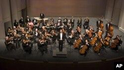 "Orkestar iz Los Angelesa ""Doctors Symphony"""