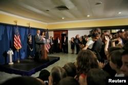 Tổng thống Obama và phu nhân tại cuộc họp báo trong khách sạn ở Havana, ngày 20 tháng 3, 2016.