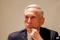 El secretario de Defensa de EE.UU., Jim Mattis, dice que dará apoyo para alojar a migrantes en bases militares.