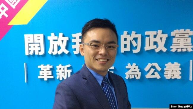 台灣中國國民黨文傳會副主委洪孟楷(美國之音記者申華拍攝)