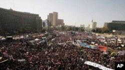 Νέες συγκεντρώσεις στην Πλατεία Ταχρίρ του Καΐρου