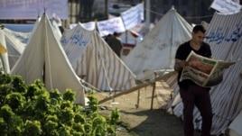 Người biểu tình Ai Cập cắm lều tại Quảng trường Tahrir, ngày 28/11/2012.