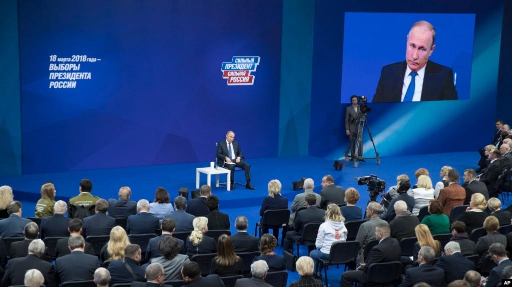"""Résultat de recherche d'images pour """"Russia, Putin, direct ligne, 2018, 2018"""""""