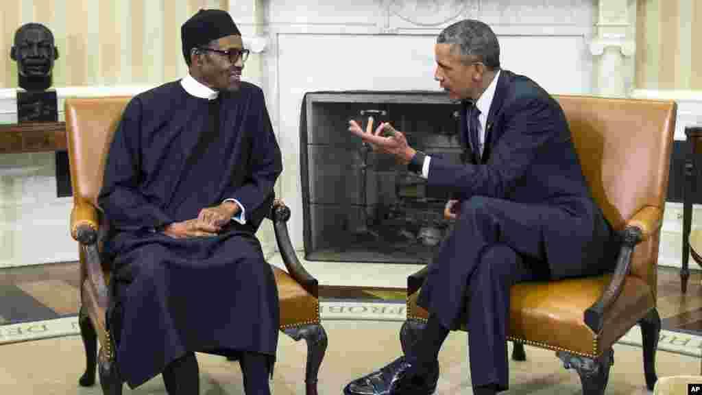 Shugaba Muhammadu Buhari da Shugaba Barack Obama A Ofishin Shugaban Amurka Da Ake Kira Oval Office A Fadar White House, Litinin 20 Yuli, 2015