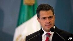 """El presidente de México no descarta la posibilidad de una extradición de """"El chapo"""", pero después de responder ante la justicia mexicana."""