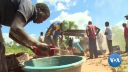 The Glitter of Zimbabwe Gold Fails to Brighten Economy