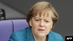 Merkel, Medvedev diskutojnë në forumin e përvitshëm ruso-gjerman