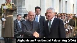 د امریکا د دفاع وزیر په کابل کې له ولسمشر غني سره ګډ کنفرانس ورکړ