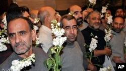 Syria releases Iranian hostages. Jan. 9, 2013.