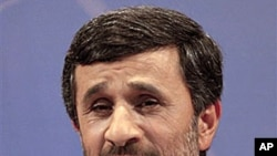 Iranian President Mahmoud Ahmadinejad speaks with media during a press conference in Tehran, Iran, 29 Nov 2010.