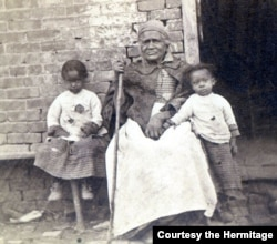 Betty, an enslaved cook at the Hermitage for 50 years, poses with some children. She was Alfred Jackson's mother. (Courtesy the Hermitage)