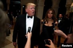 美国候任总统川普接受记者采访。(资料照片)