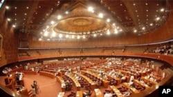 حکومت نے اصلاحاتی جنرل سیلز ٹیکس اور فلڈریلیف سرچارج کے نفاذ سے متعلق الگ الگ بل جمعہ کے روز پارلیمان میں پیش کیے تھے