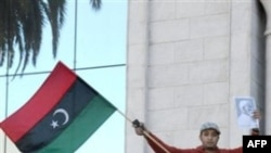 Полиция Туниса разогнала демонстрантов