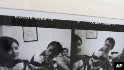 艾未未攝影展作品之一張馬曉晴和姜文