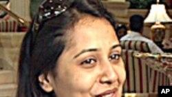 বাংলাদেশের সুপরিচিত অভিনেত্রী অপি করিমের সাক্ষাৎকার