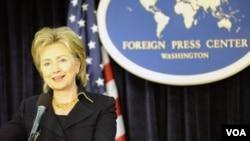 La secretaria de Estado, Hillary Clinton, concretó el acuerdo con su par venezolano durante la Cumbre de las Américas.