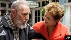 La presidenta de Brasil, Dilma Rousseff, fue uno de los jefes de gobierno que se reunió en La Habana con Fidel Castro.