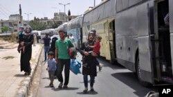 Abanyagihugu bo muri Siriya, bariko barasubira mu zabo.