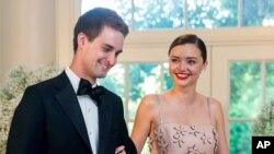 میراندا کر، چندی پیش با ایوان ایپیگل مدیر شرکت «اسنپ چت» ازدواج کرد.