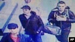 지난 달 28일 터키 이스탄불 공항 테러범들로 보이는 남성 3명의 모습이 공항 폐쇄회로 TV에 녹화됐다고, 터키 '하베르투르크' 신문이 보도했다.