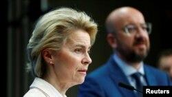 Presidentja e Komisionit Evropian Ursula von der Leyen dhe Presidenti i Këshillit Evropian Charles Michel