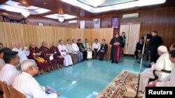 Зустріч Франциска з релігійними лідерами М'янми