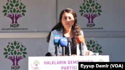 Parlementer û Peyvdara HDP'ê Ebrû Gunay