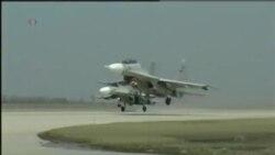 美轰炸机未理会中国新规定 中国军方称全程监视
