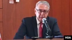 Ambassador Serdar Kilic speaks to reporters at the Turkish Embassy in Washington, D.C., July 22, 2016. (S. Herman/VOA)