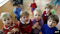 Американцы усыновили более тысячи российских детей