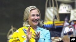 克林顿国务卿6月10日在赞比亚首都卢萨卡
