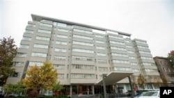 Лесина обнаружили мертвым в номере отеля Dupont Circle в четверг, 5 ноября