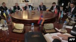 Заседание Совета глав правительств СНГ в Санкт-Петербурге. 18 октября 2011г.