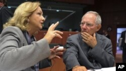 Η κρίση σε Ελλάδα και Ιταλία εξετάζεται στην συνεδρίαση του Γιούρογκρουπ