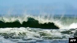 Cảnh báo sóng thần được đưa ra cho Ấn Độ, Indonesia, Sri Lanka, Miến Điện, Thái Lan và Malaysia