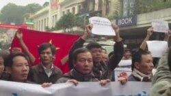 Cảnh sát VN giải tán biểu tình chống TQ