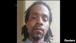 Ảnh nghi phạm Kori Ali Muhammad (cắt từ video của Reuters)
