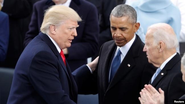 Donald Trump'ın yemin ederek görevi Barack Obama'dan devraldığı tören