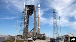 El cohete Atlas 5 despegó de Cabo Cañaveral, Florida, con una nave de carga para la Estación Espacial Internacional.