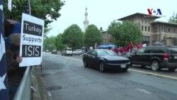Türkler ve Ermeniler'den Karşılıklı Gösteri