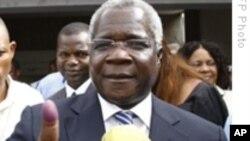 Afonso Dhlakama depois de votar nas eleições de 28 de Outubro de 2009