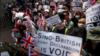 ہانگ کانگ: برطانوی قونصل خانے کے باہر احتجاج، چین پر دباؤ ڈالنے کا مطالبہ