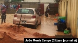 Des pluies diluviennes sont tombées sur la ville angolaise de Luanda, le 6 novembre 2015.